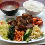 ソウル市場 - 上カルビ定食