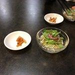 四川料理 星都 - ランチのサラダ