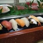 力寿し - にぎり寿司(お昼のサービス)@850