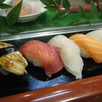 力寿し - にぎり寿司(お昼のサービス)