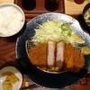 黄金色の豚 - 料理写真:◆金星佐賀豚ロース御膳180g(1680円:外税) 別添えで「すり胡麻鉢」が付きます。