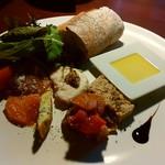 カフェ イル ヴェンティチェッロ - 料理写真:アンティパスと(前菜盛り合わせ)