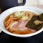 76717414 - 煮干しワンタン麺