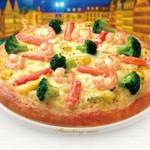 ストロベリーコーンズ - 料理写真:紅ずわい蟹と海老のキッシュクリーム                                          滑らかで上品な味わいのキッシュクリームソースで蟹と海老を包み込み焼き上げました。                      寒い季節にぴったりのピザです。