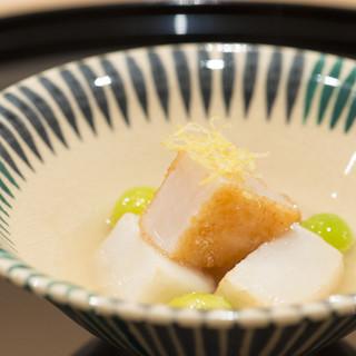 オーセンティックな日本料理の、滋味深い味わい