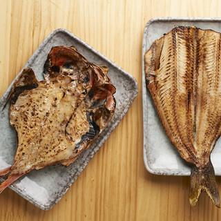 毎日築地から仕入れる鮮度抜群な魚介類をお楽しみください。