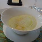 レストラン・モリエール - ◆ジャガイモのニョッキ、バジルソースで。 ニョッキの食感もいいですし、ほんのりバジル風味を感じるソースも良い味わい。