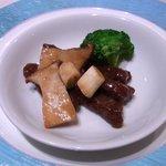Chuugokuryourihakuhou - 牛ロースと季節野菜の炒め