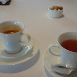 レストラン・モリエール - ◆ドリンクは選べますので「エスプレッソ」と「紅茶」を。普通の珈琲はないようですね。