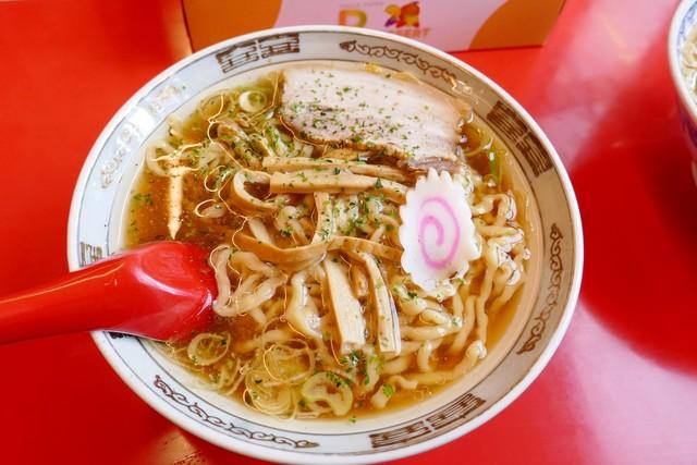 料理写真 : 赤湯ラーメン 龍上海...