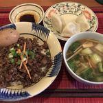 花果 - 魯肉飯セット