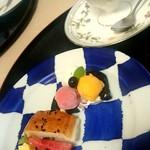 西洋料理 萬吉 - 鮮やかなお皿のデザート(´Д`)