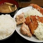76738062 - チキン南蛮デラックス定食(ご飯大盛)890円