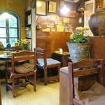 どんぐり舎 - 古めかしくて落ち着く喫茶店2