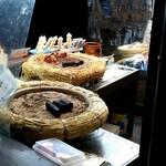 呂川茶屋 - 焼き団子の風景♪