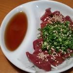 鶏八 別府やまなみ店 - 2017/11/19 赤レバー刺し