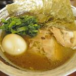 麺処 じんじん - 特製豚骨醤油ラーメン(全部のせ)900円