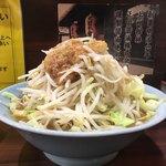 立川マシマシ SSR - 料理写真:ラーメン(750円)を麺を豆腐に変更(無料)。 豚まし(200円)