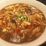リトル成都 - 酸辣湯麺