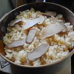 谷川岳ドライブイン お菓子の家 - 松茸ご飯