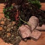 ビストロ マチュリスタ - 自家製ツナとレンズ豆のサラダ仕立て ¥1,180