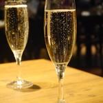 PIZZA&WINE ワインホールグラマー -
