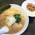 三珍 富士力食堂 - 本日の日替りセット