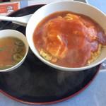 麻婆菜館 - 妻は天津飯1200円、天津飯とスープが       絶品です。(^^)