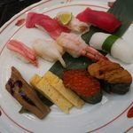 こだわりの廻転寿司 金沢まいもん寿司 - 輝~かがやき~(のど黒、ばい貝、甘えび、本まぐろ中とろ、まぐろ赤身、やりいか、ずわい蟹、穴子、いくら、生うに、玉子焼)