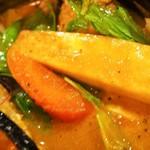 ソウルストア - チキンと野菜のカリー(野菜②)