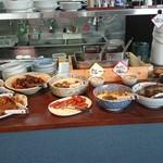 食べくらべ - 肉系惣菜、そばなど