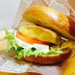 うみねこ - クリームチーズとサツマイモのベーグルサンド