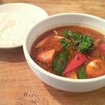 カレージム CHELSEA - 角煮野菜スープ大盛り
