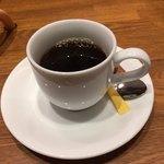 上野 太昌園 - 食後のコーヒー。うっかり、ふた口飲んでもーた(*^▽^*)。