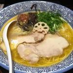 濃厚鶏白湯ラーメン 美空 -