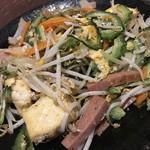 チョンダラー - 料理写真:ゴーヤチャンプルー