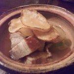四旬季 - 春キャベツと三枚肉の土鍋煮
