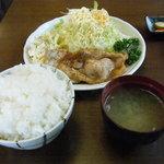 食事処 おしゃまんべ - 豚生姜焼き定食