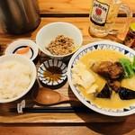 ごちそうとん汁 - 西京味噌のごちそう豚汁(840円)