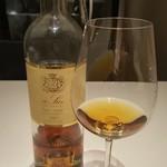 76813979 - 白の貴腐ワイン