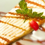 アカリ カフェ - ミルクレープ-キャラメルソース-