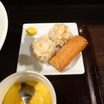 ebisugyouzataihouki - 鶏絲湯麺(チースータンメン)Bセット990円、点心&デザート