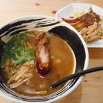 麺場 浜虎 - コク醤油そばと叉焼メンマ
