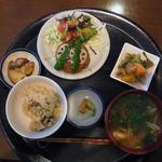 米の子 - れんこんバーグ定食 1250円