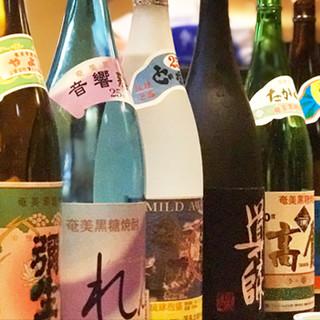 こだわりの焼酎や日本酒からウイスキーやカクテルまでご用意