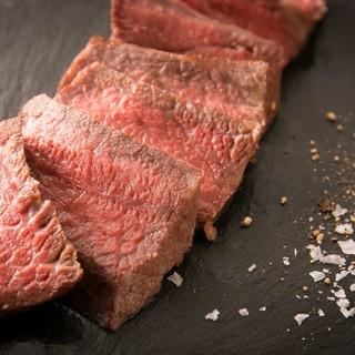 厳選された上質素材を極上の料理で食す