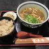 冨美家 - 料理写真:牛肉カレーうどん 590円 & かやくご飯セット(小鉢つき)+200円