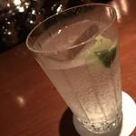 バー クレア デ ルネ - コクとキレのある一杯。
