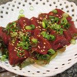 韓国料理 麦 - 生ギモ (レバ刺し)