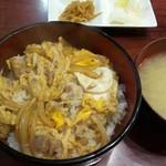 帆里 - 親子丼 600円/美味しい!